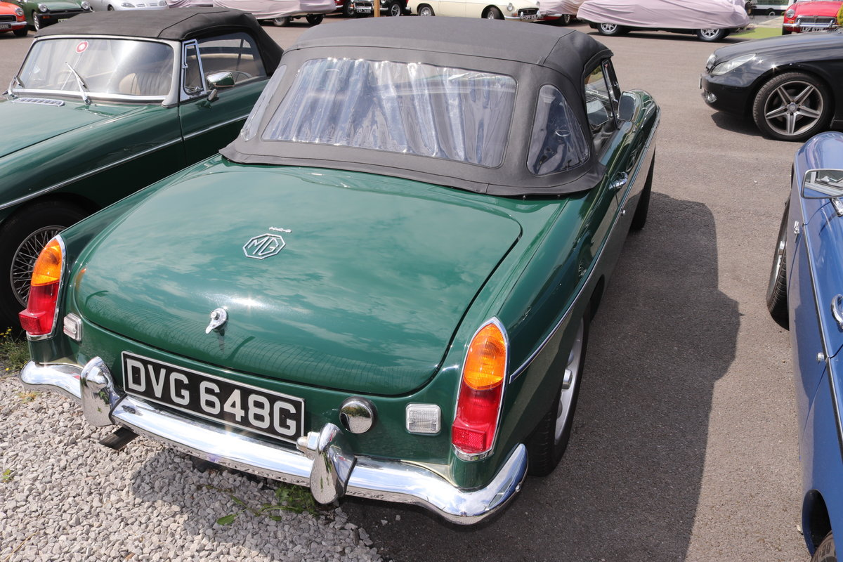 1968 MGC Roadster, Show standard rebuild, triple carbs For Sale (picture 5 of 5)