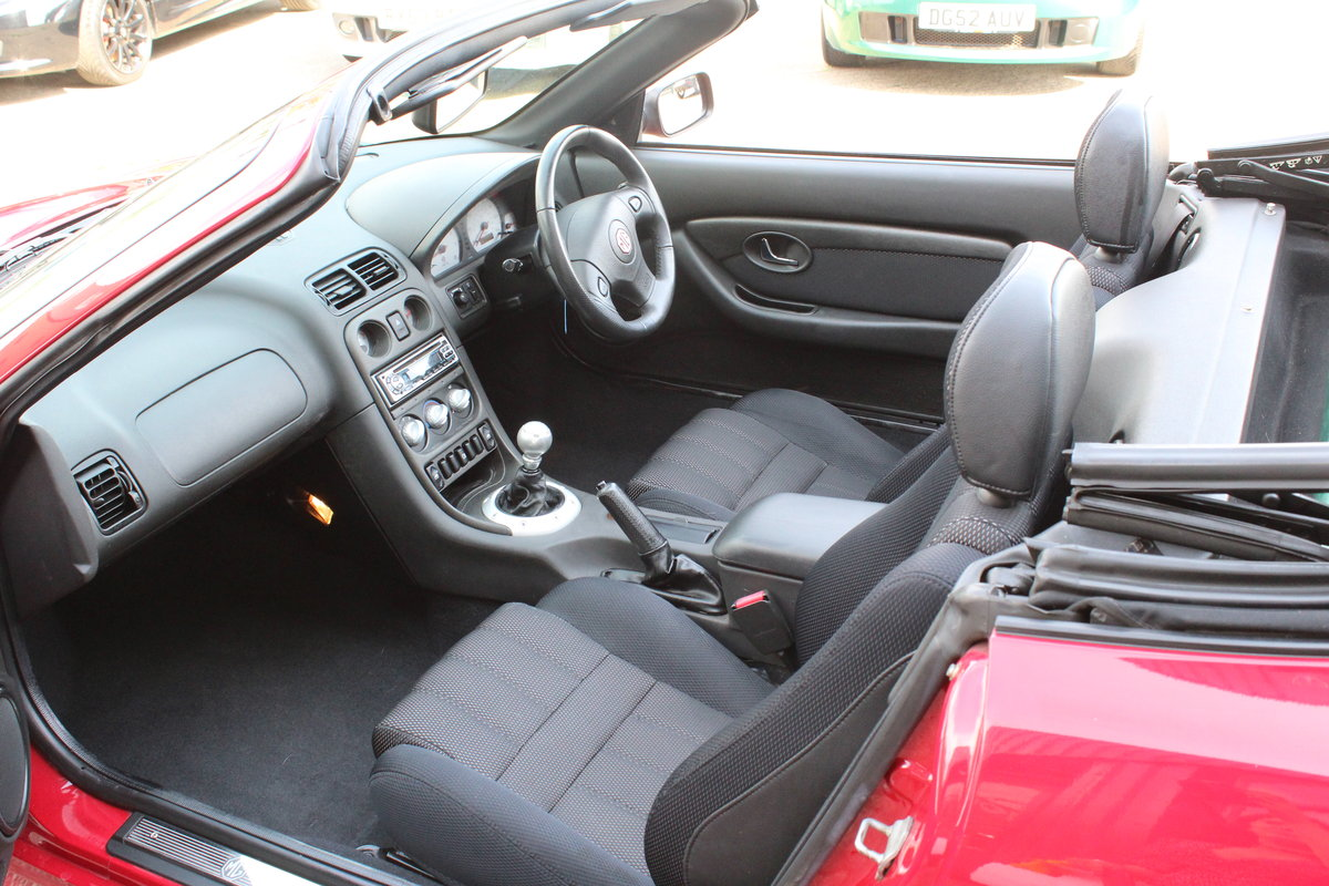 2004 MG TF 135,ONLY 24000 MILES,NEW HEADGASKET,BELT & PUMP For Sale (picture 3 of 5)