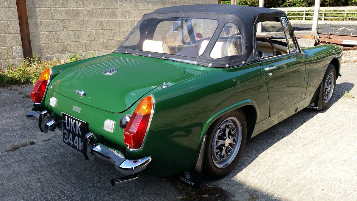 1970 Mike Authers Classics ltd offer a stunning MG Midget in BRG For Sale (picture 3 of 6)