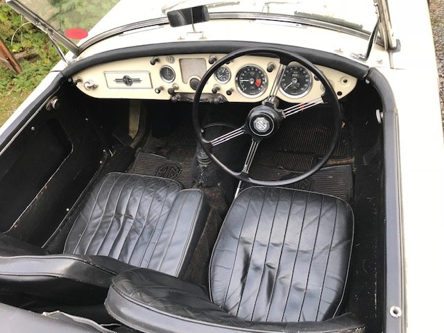 1960 MGA, MG A SOLD (picture 4 of 6)