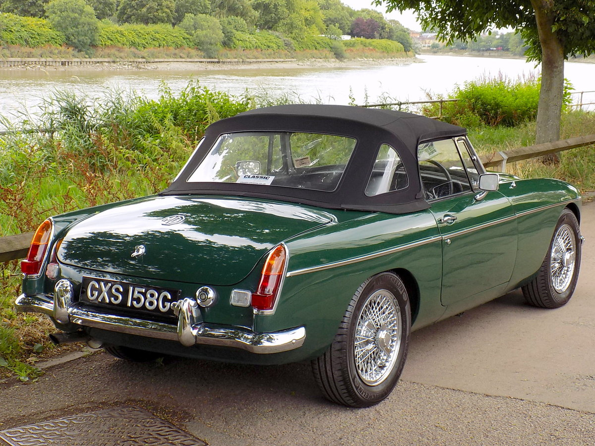 1969 MGC ROADSTER - FULLY RESTORED - CONCOURS CONDITION For Sale (picture 5 of 6)