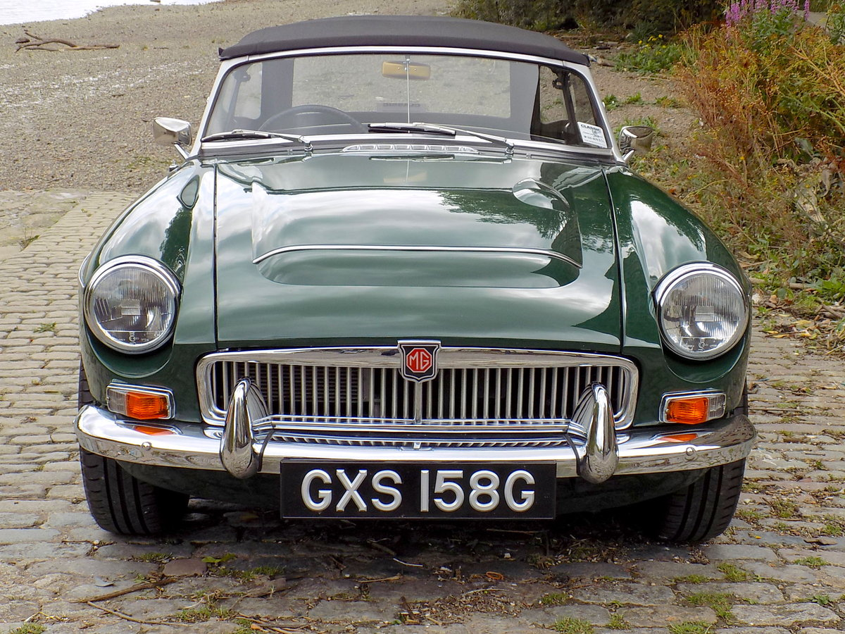1969 MGC ROADSTER - FULLY RESTORED - CONCOURS CONDITION For Sale (picture 6 of 6)