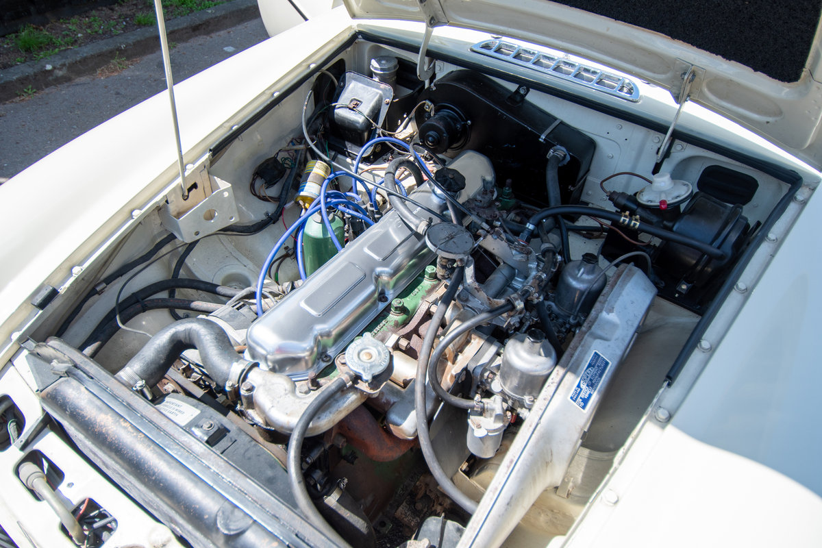 MGC GT -3L - Rare Automatic, Low Millage (1969) For Sale (picture 5 of 6)
