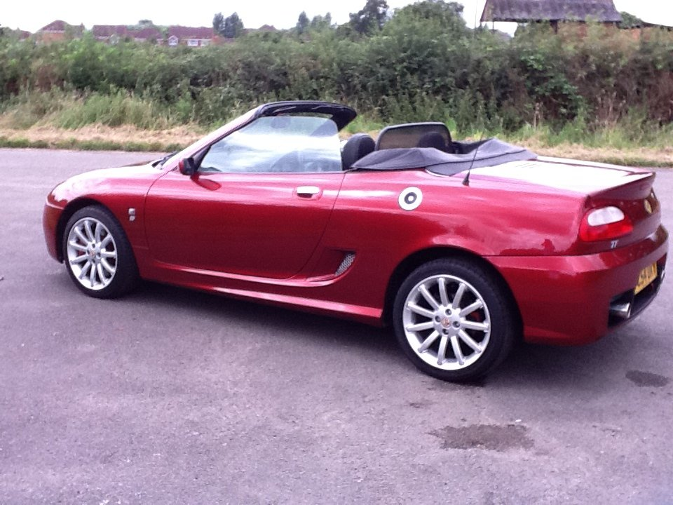 2004 Beautiful MG TF LE 'Spark'  SOLD (picture 2 of 6)