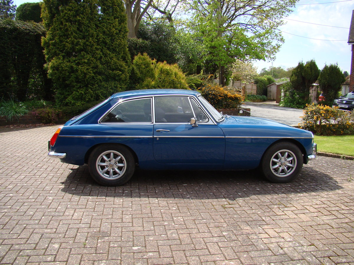 1973 MG BGT  For Sale (picture 1 of 6)