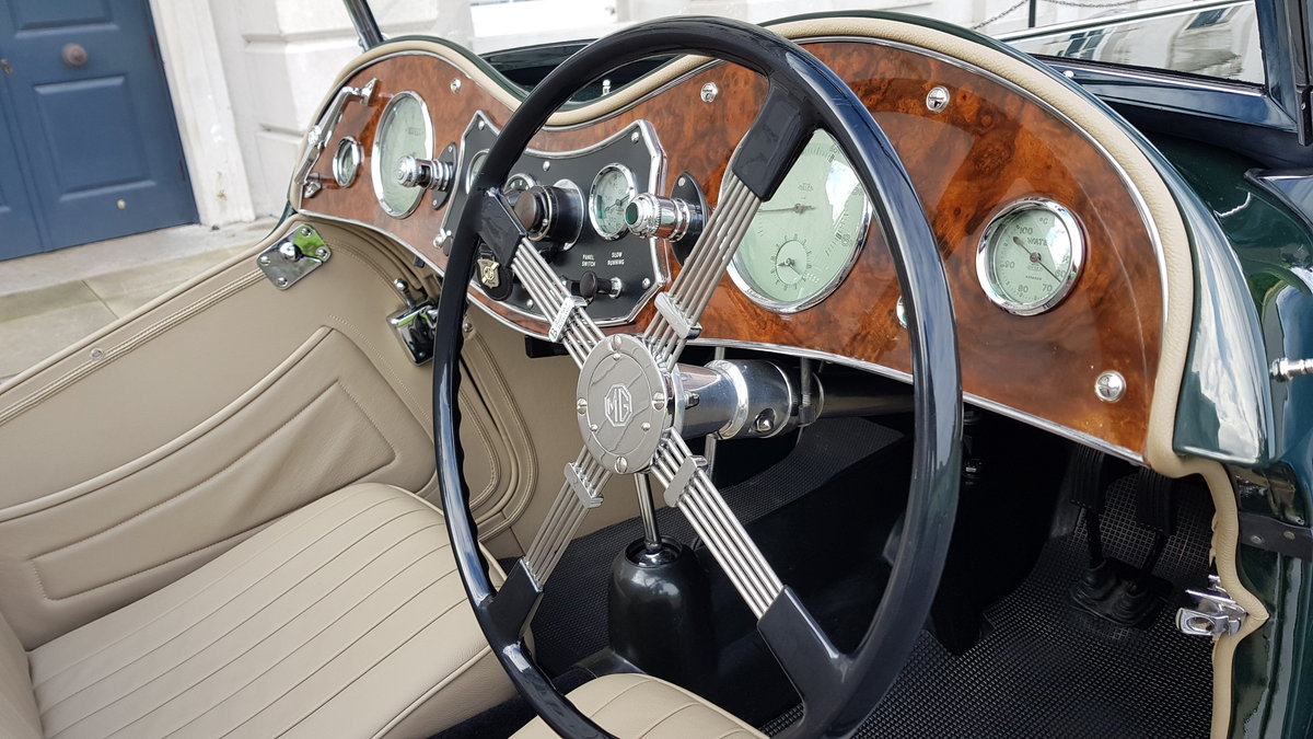 1948 MG TC IN BRITISH RACING GREEN ( CONCOURS ) For Sale (picture 4 of 6)