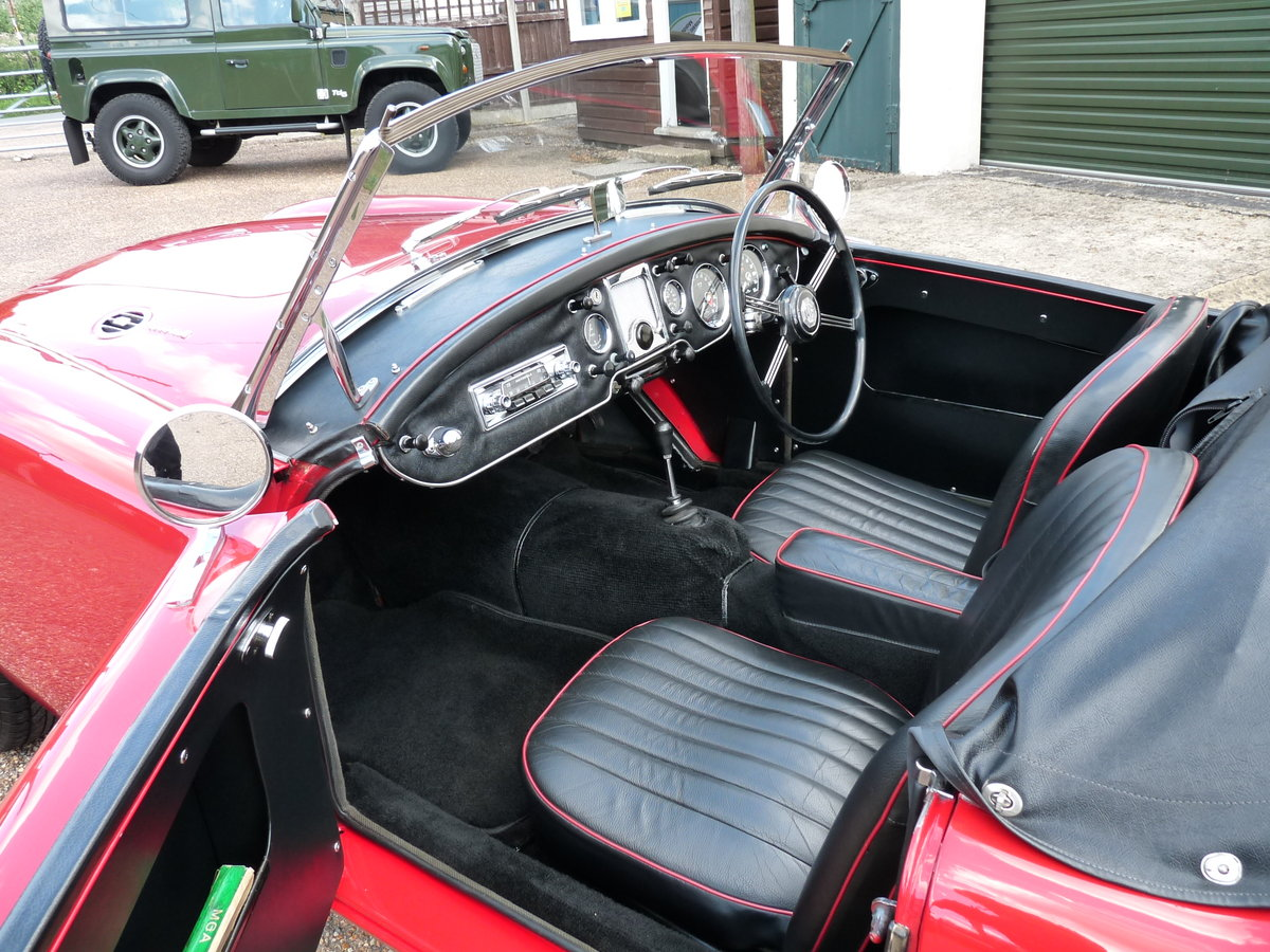 1962 MGA Roadster Mk11, restored, SOLD SOLD (picture 3 of 6)