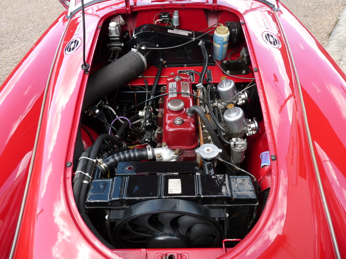 1962 MGA Roadster Mk11, restored, SOLD SOLD (picture 5 of 6)