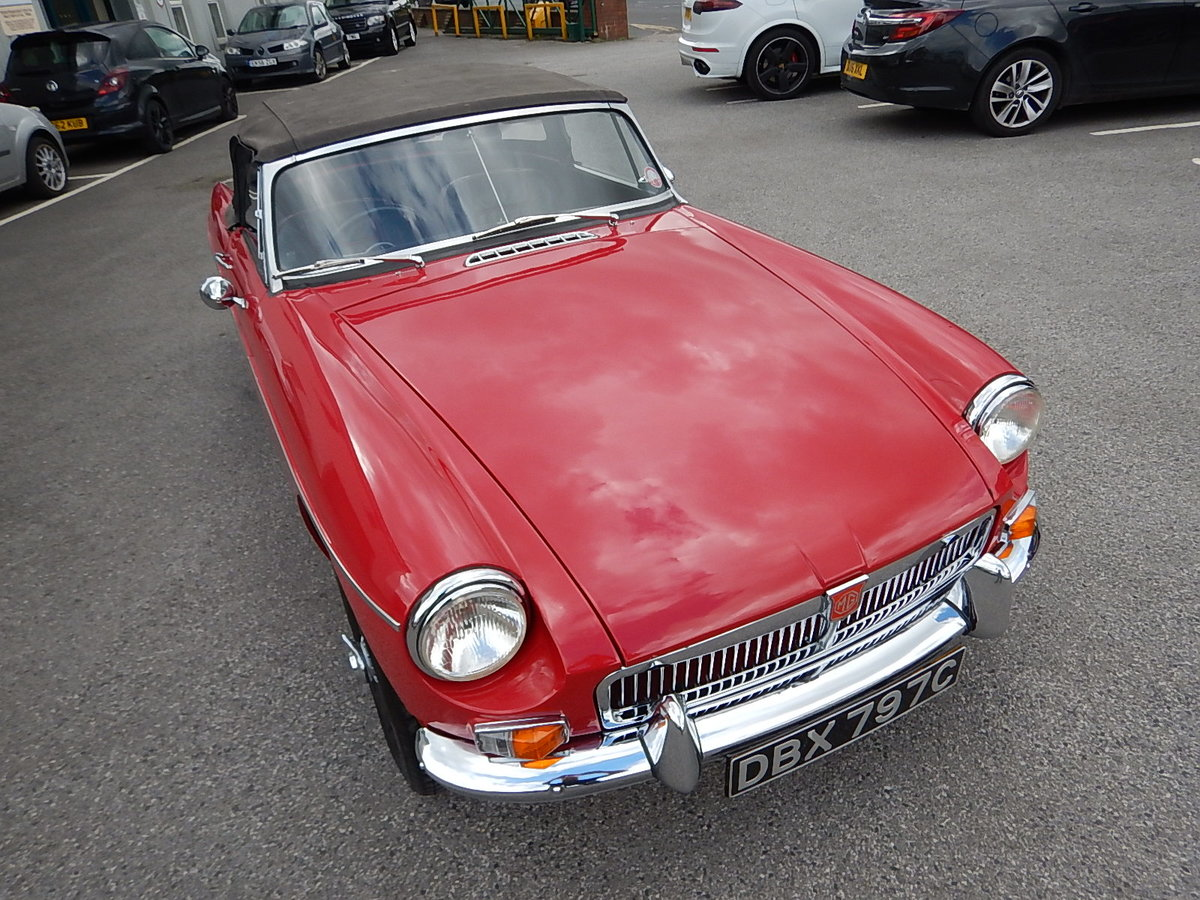 1965 MGB Roadster ~ Heritage Shell ~ Leather ~  SOLD (picture 2 of 6)
