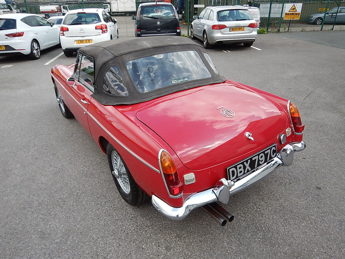 1965 MGB Roadster ~ Heritage Shell ~ Leather ~  SOLD (picture 4 of 6)