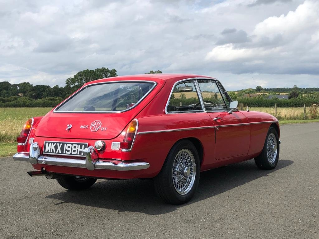 1969 MGC GT Manual Overdrive. Tartan Red with Black Leather  SOLD (picture 4 of 6)