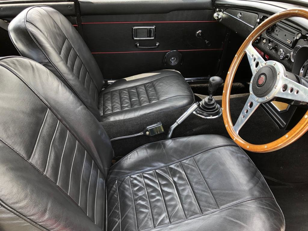 1969 MGC GT Manual Overdrive. Tartan Red with Black Leather  SOLD (picture 5 of 6)