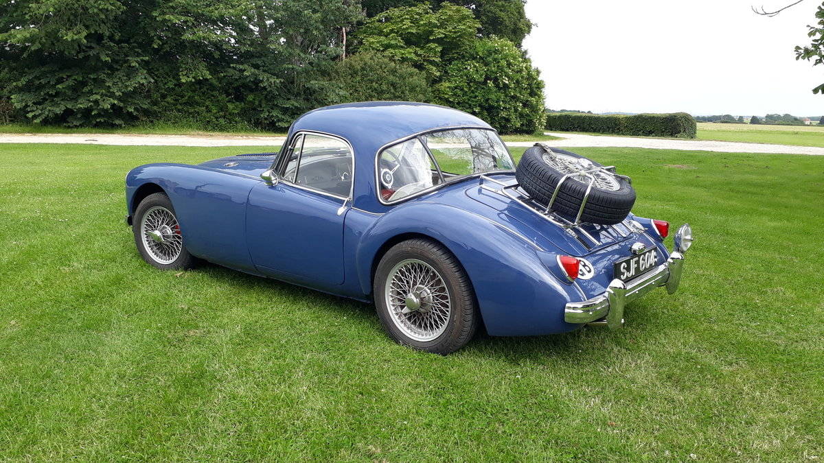 MG A MGA Coupe FHC 1798cc 1958 7k Miles Conversion Special For Sale (picture 2 of 6)