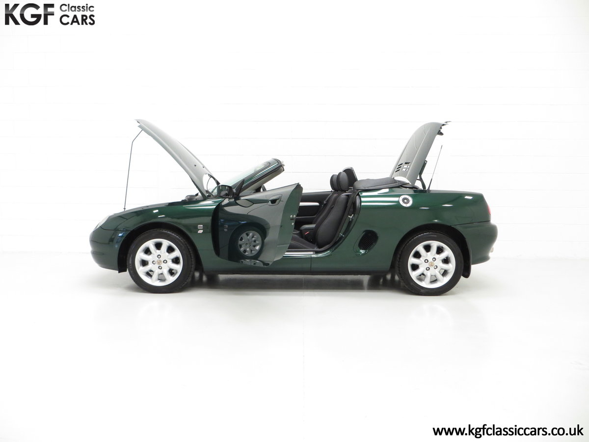 2001 A Stunning MGF 1.8i with 'MG' Cherished Registration For Sale (picture 3 of 6)