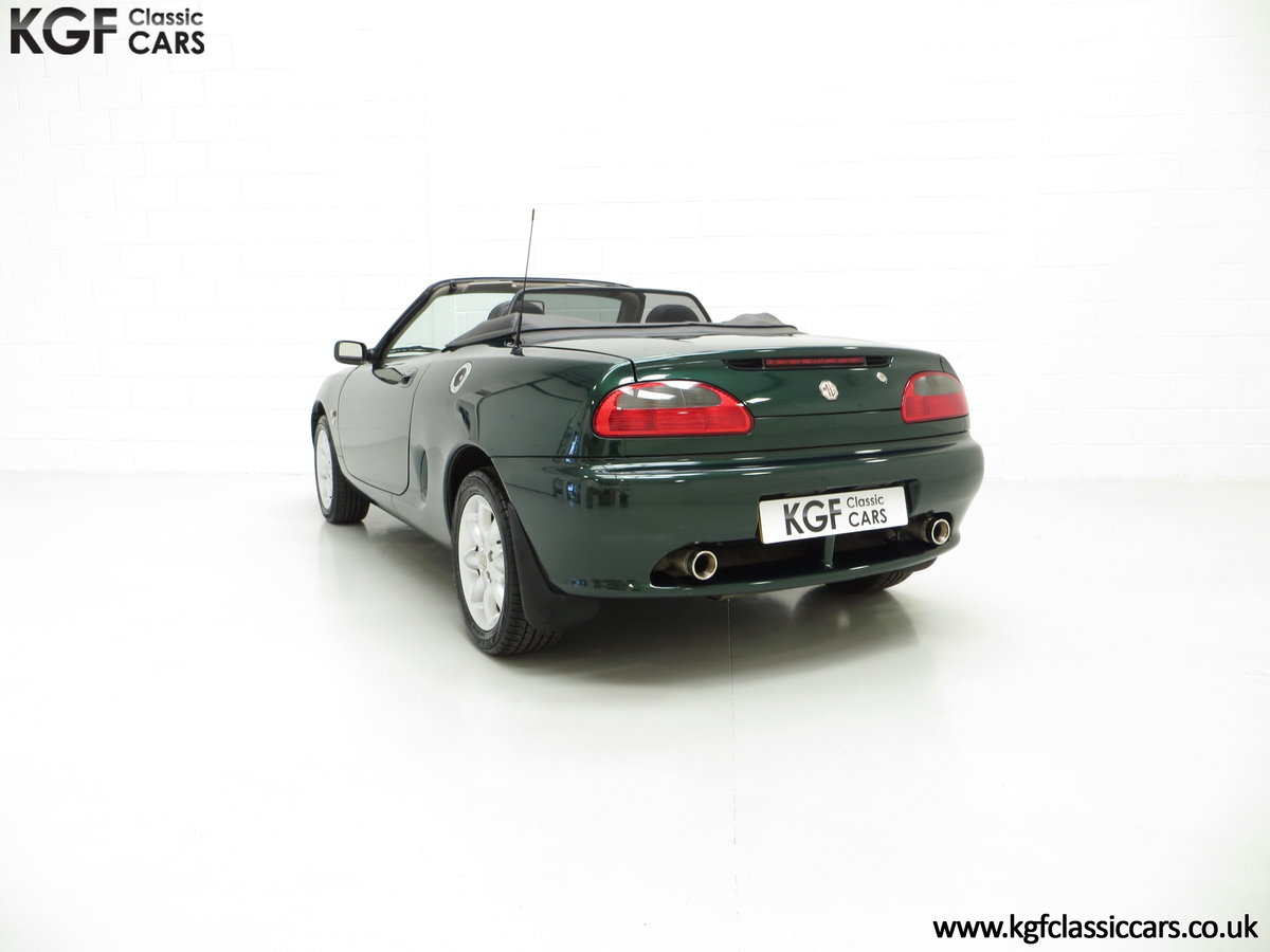 2001 A Stunning MGF 1.8i with 'MG' Cherished Registration For Sale (picture 4 of 6)