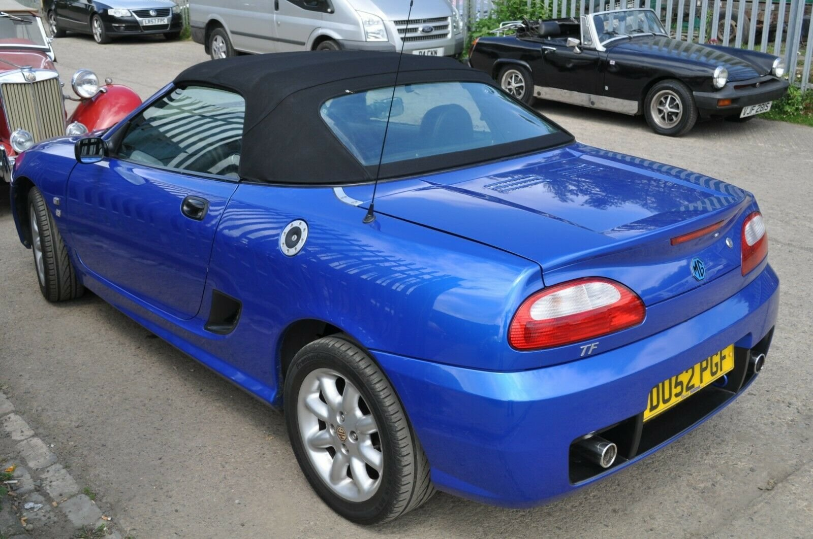 2002 MG TF TROPHY BLUE MOT 43000 MILES VERY GOOD CONDITION For Sale (picture 2 of 6)
