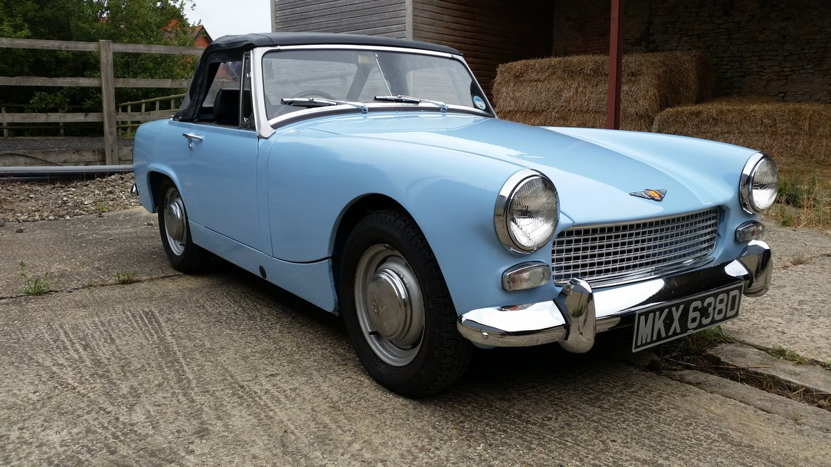 1967 Small selection of properly restored MG Midgets available. For Sale (picture 3 of 6)