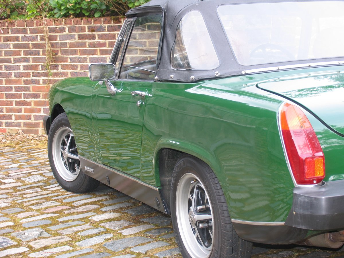 1975 SHOWROOM CONDITION MG MIDGET For Sale (picture 3 of 6)