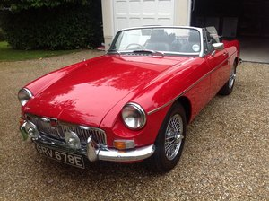 1967 Immaculate MGB Roadster in Tartan Red   For Sale