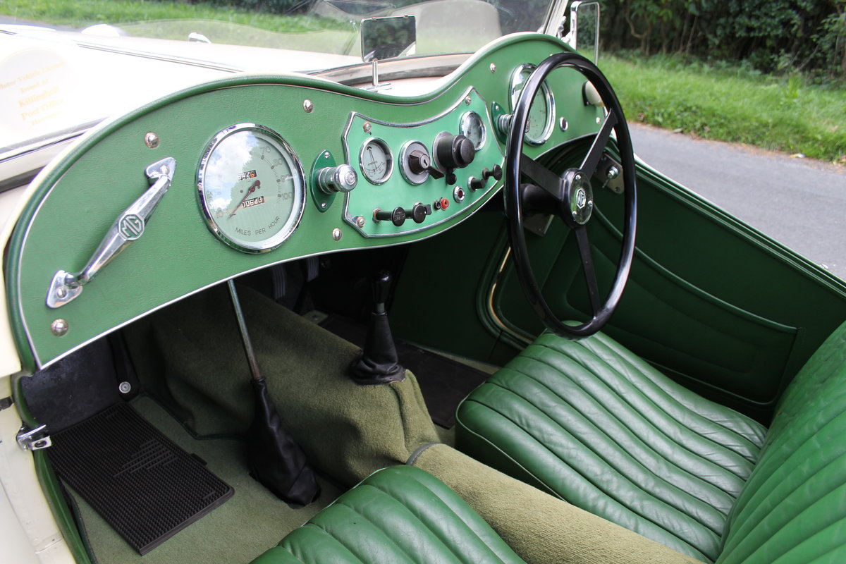 1949 MG TC - 1 owner 46 years, 650 miles since rebuild SOLD (picture 10 of 19)
