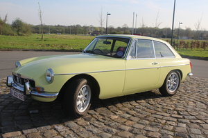 1972 MGB GT AUTOMATIC original chromebumper
