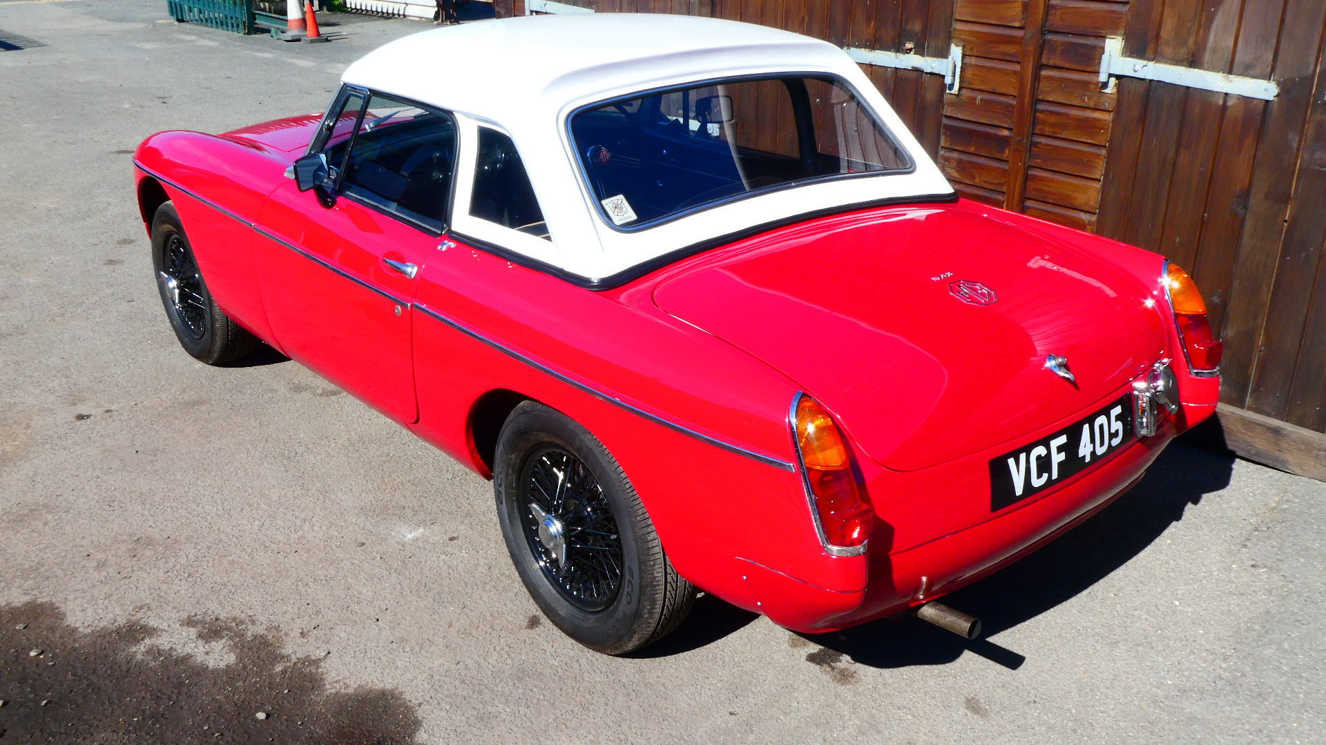 1963 MGB Roadster Early Pull Handle Car  For Sale (picture 2 of 6)