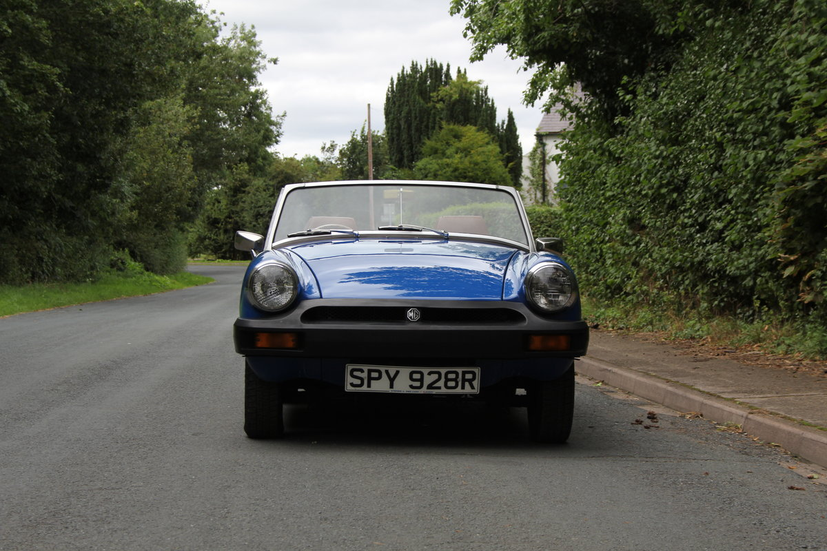 1977 MG Midget 1500 - 10k miles since new Gold Seal engine  For Sale (picture 2 of 19)