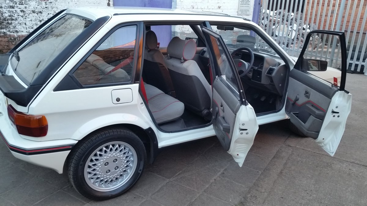 1988 mg maestro 2.0 efi superb condition For Hire (picture 6 of 6)