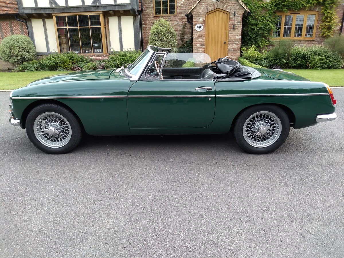 1968 MGC Convertible SOLD (picture 3 of 6)