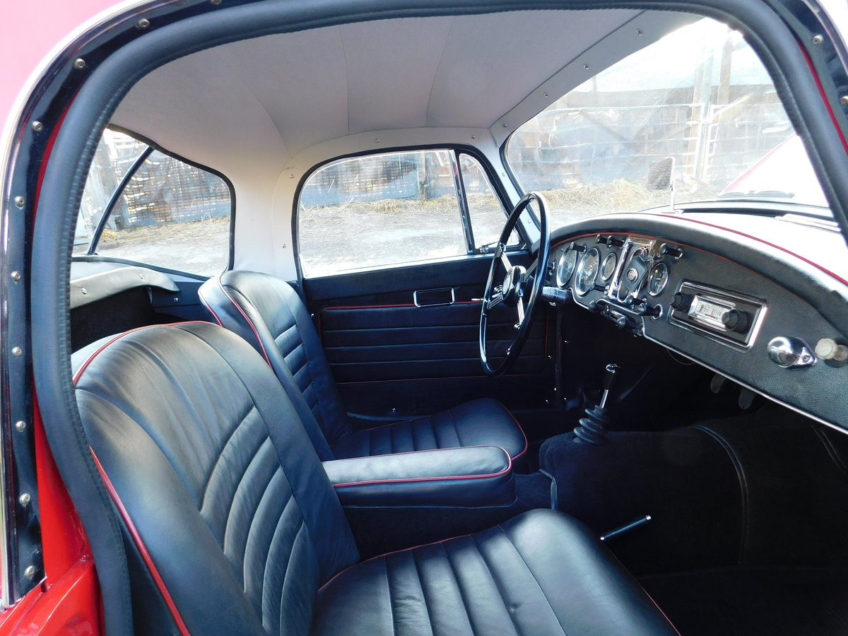 Superb 1961 MGA MkII 1600 Coupe LHD For Sale (picture 4 of 6)