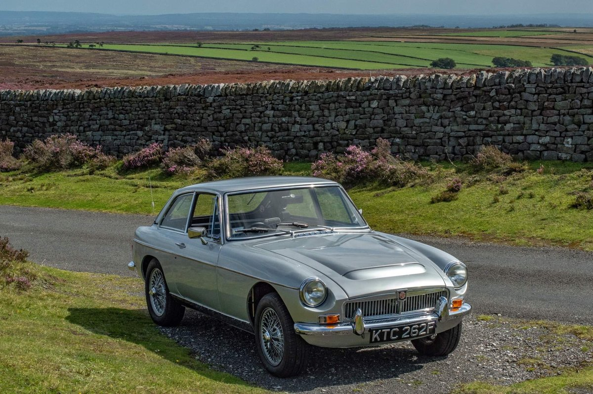 1968 MGC GT For Sale (picture 1 of 6)