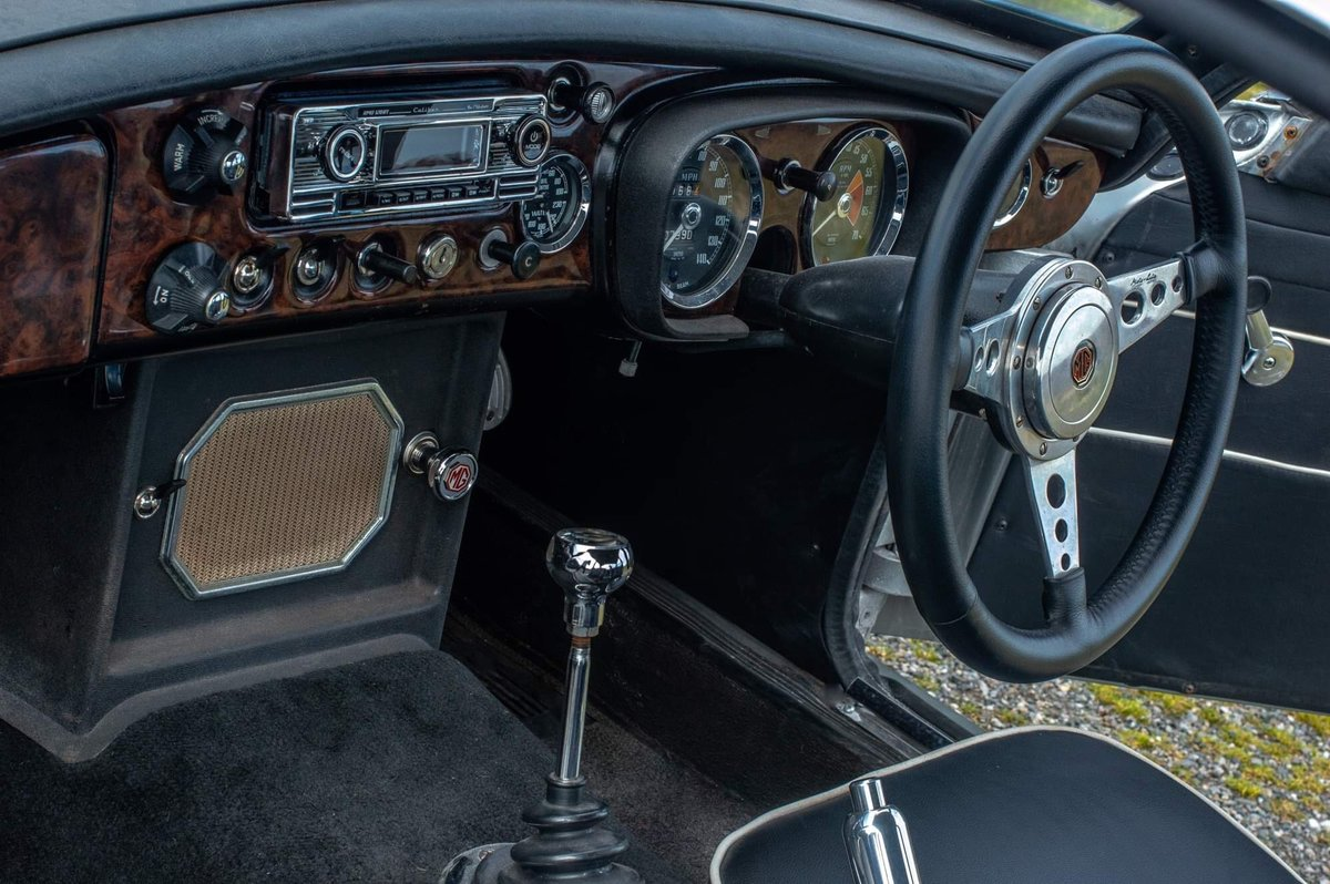 1968 MGC GT For Sale (picture 5 of 6)