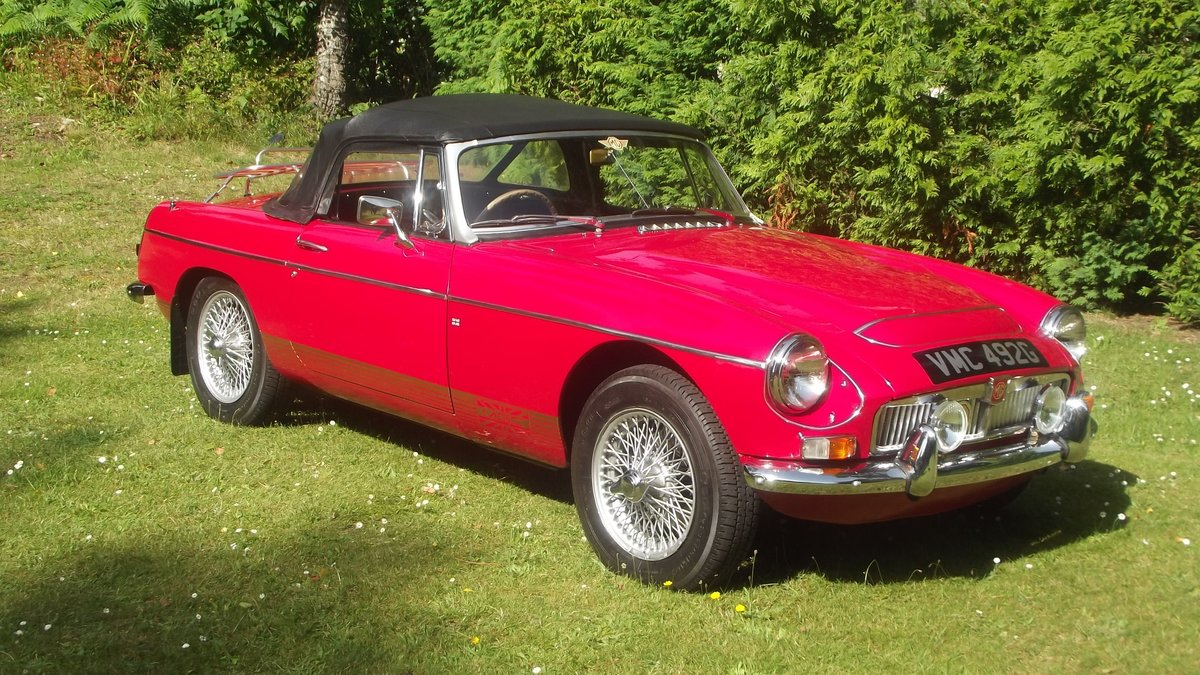 1968 MGC AUTOMATIC ROADSTER (1 of 92 made) For Sale (picture 1 of 6)