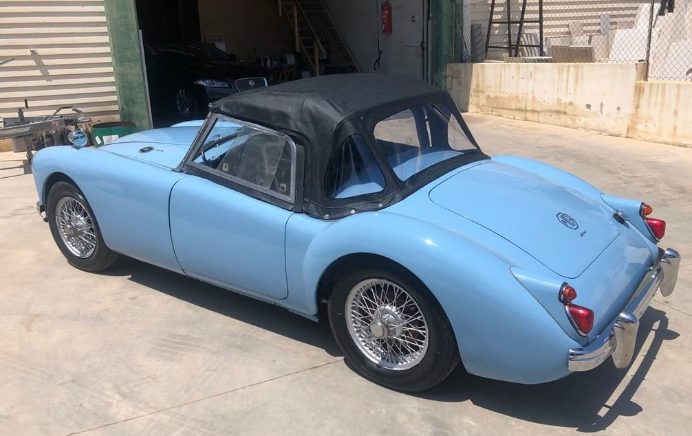 MG A 1600 Roadster 1960 For Sale (picture 2 of 6)