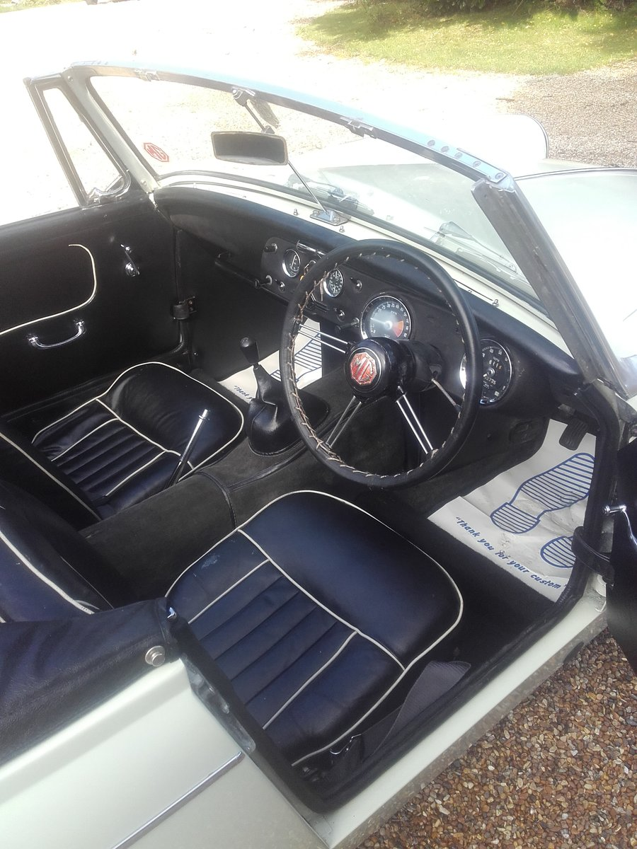 1967 MG Midget 1275 Mk3 (Card Payments Accepted) For Sale (picture 5 of 6)