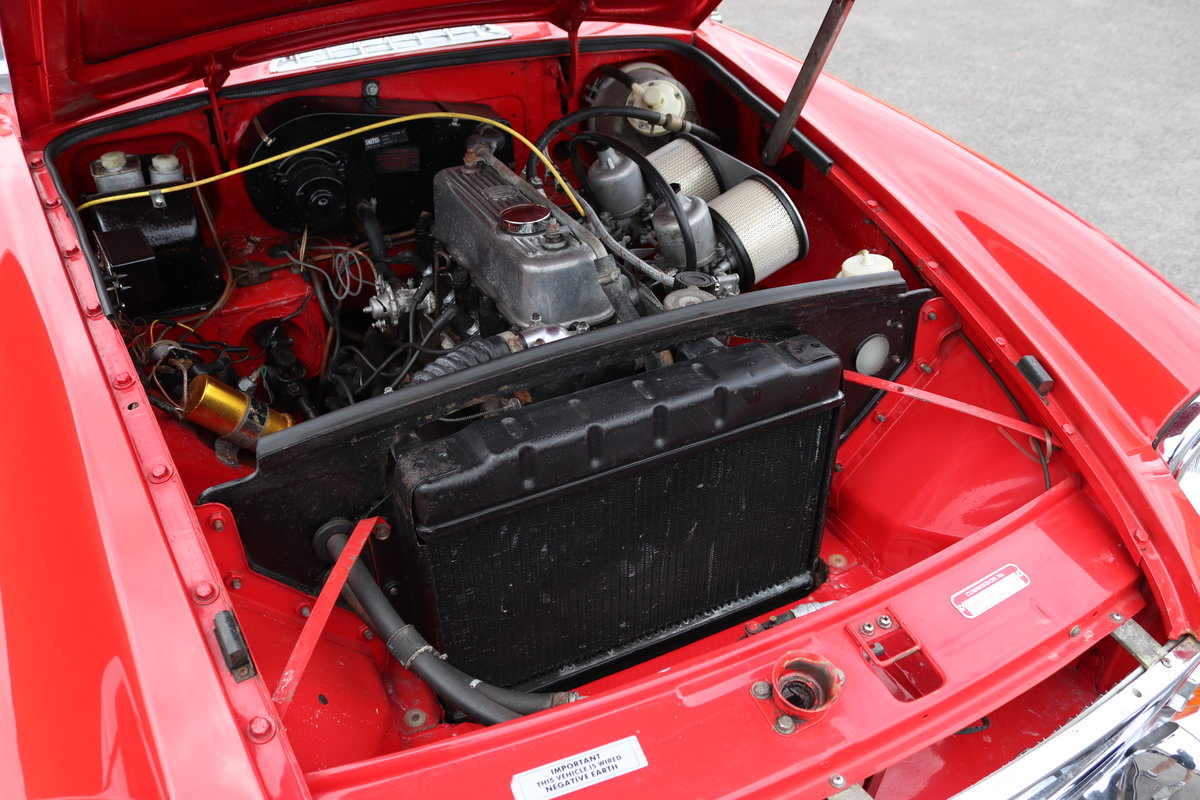 1967 MGB HERITAGE SHELL, Oselli engine. For Sale (picture 3 of 6)