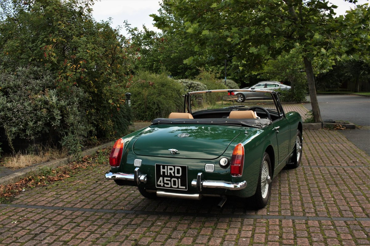 1971 MG Midget MkIV RWA, BRG - Heritage Bodyshell Restoration SOLD (picture 2 of 6)