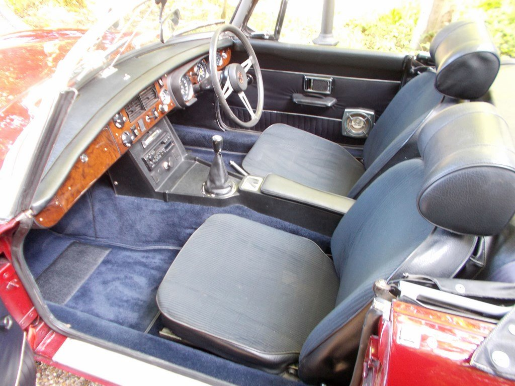 MGB ROADSTER 1972 Two Former Keepers  For Sale (picture 3 of 6)