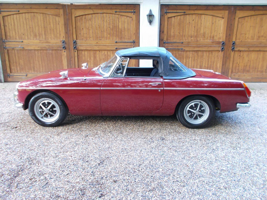 MGB ROADSTER 1972 Two Former Keepers  For Sale (picture 4 of 6)