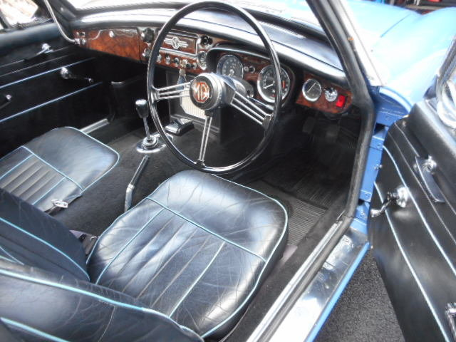 1967 MGB GT MK1 with historical interest Beautiful  For Sale (picture 3 of 6)