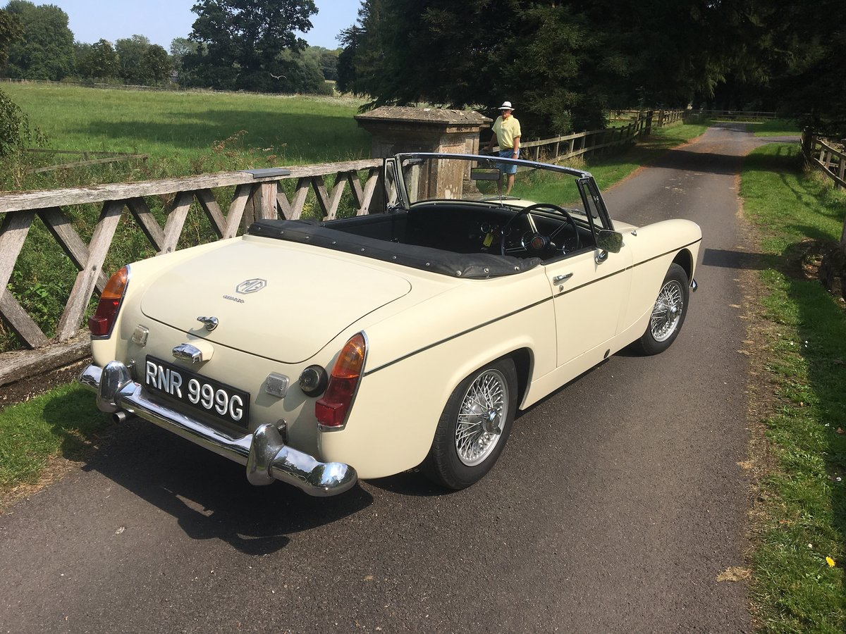 1969 MG Midget Mklll (pre-face lift model) For Sale (picture 2 of 6)