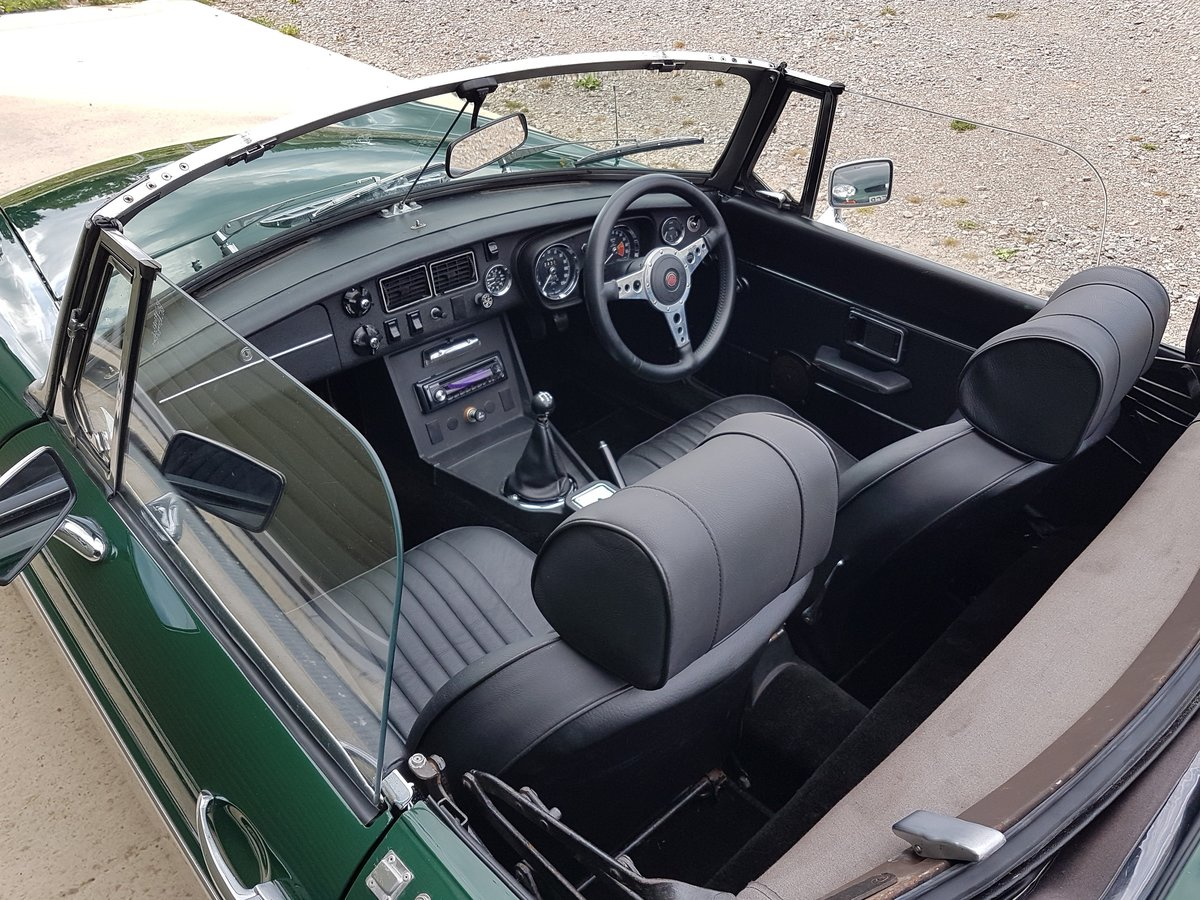 1972 MGB Roadster, previous Restoration SOLD (picture 5 of 6)