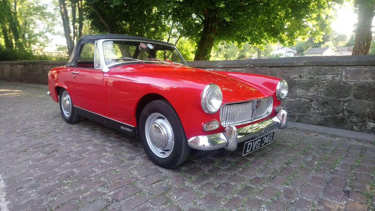 1969 MG MIdget Mark 111 1275cc in Red For Sale (picture 1 of 6)