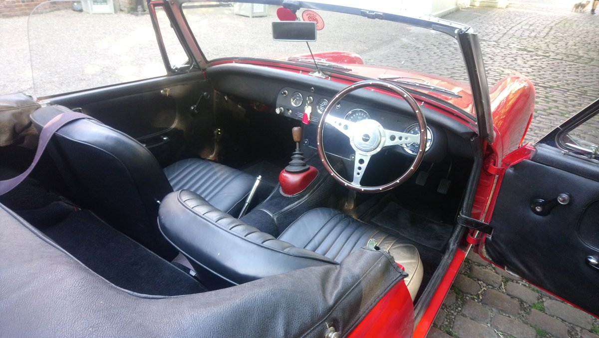 1969 MG MIdget Mark 111 1275cc in Red For Sale (picture 6 of 6)