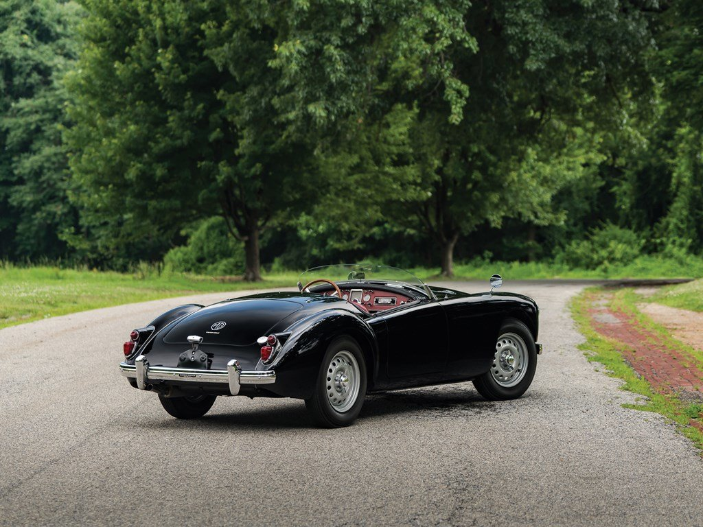 1960 MG MGA Twin Cam Roadster  For Sale by Auction (picture 2 of 6)