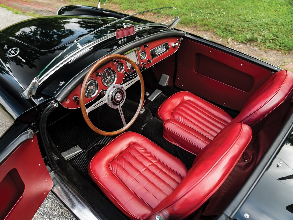 1960 MG MGA Twin Cam Roadster  For Sale by Auction (picture 4 of 6)