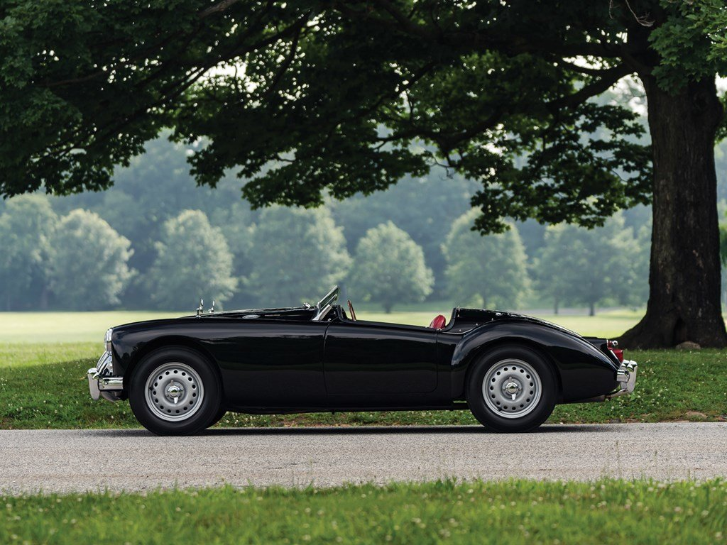 1960 MG MGA Twin Cam Roadster  For Sale by Auction (picture 5 of 6)