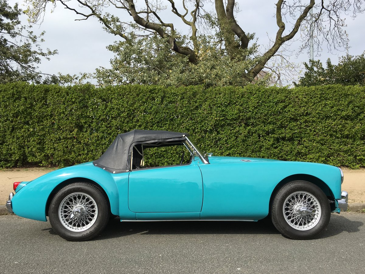 1957 MGA 1500 Roadster Ground up Restoration For Sale (picture 3 of 6)