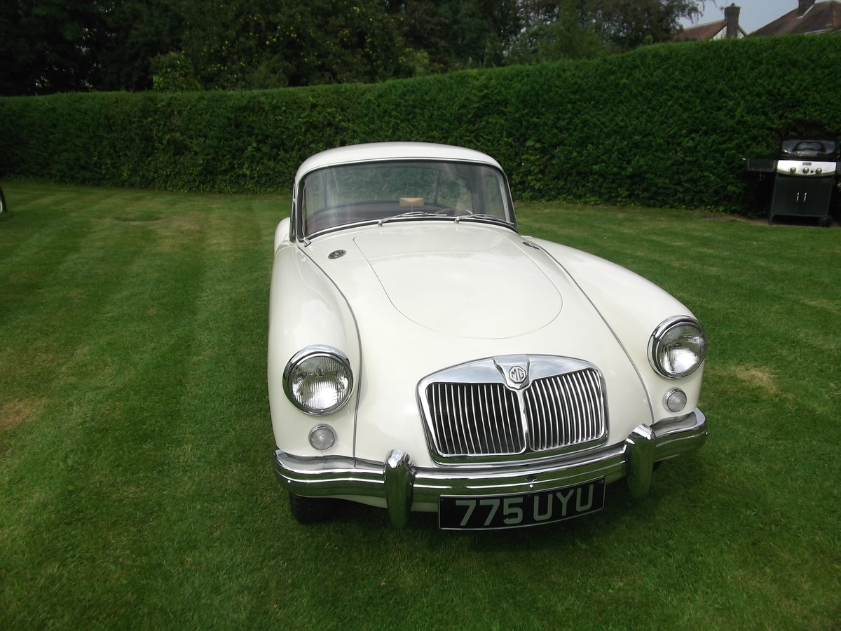 1959 MG A 1500cc, Fixed Head Coupe, Left Hand Drive, MGA For Sale (picture 4 of 6)