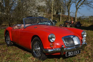 Lot 22 - A 1956 MG A Roadster - 11/09/219 For Sale by Auction
